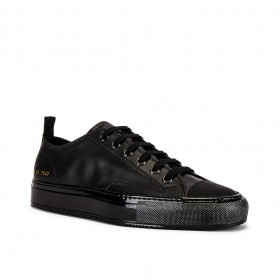 Tournament Low Leather Shiny Sneaker