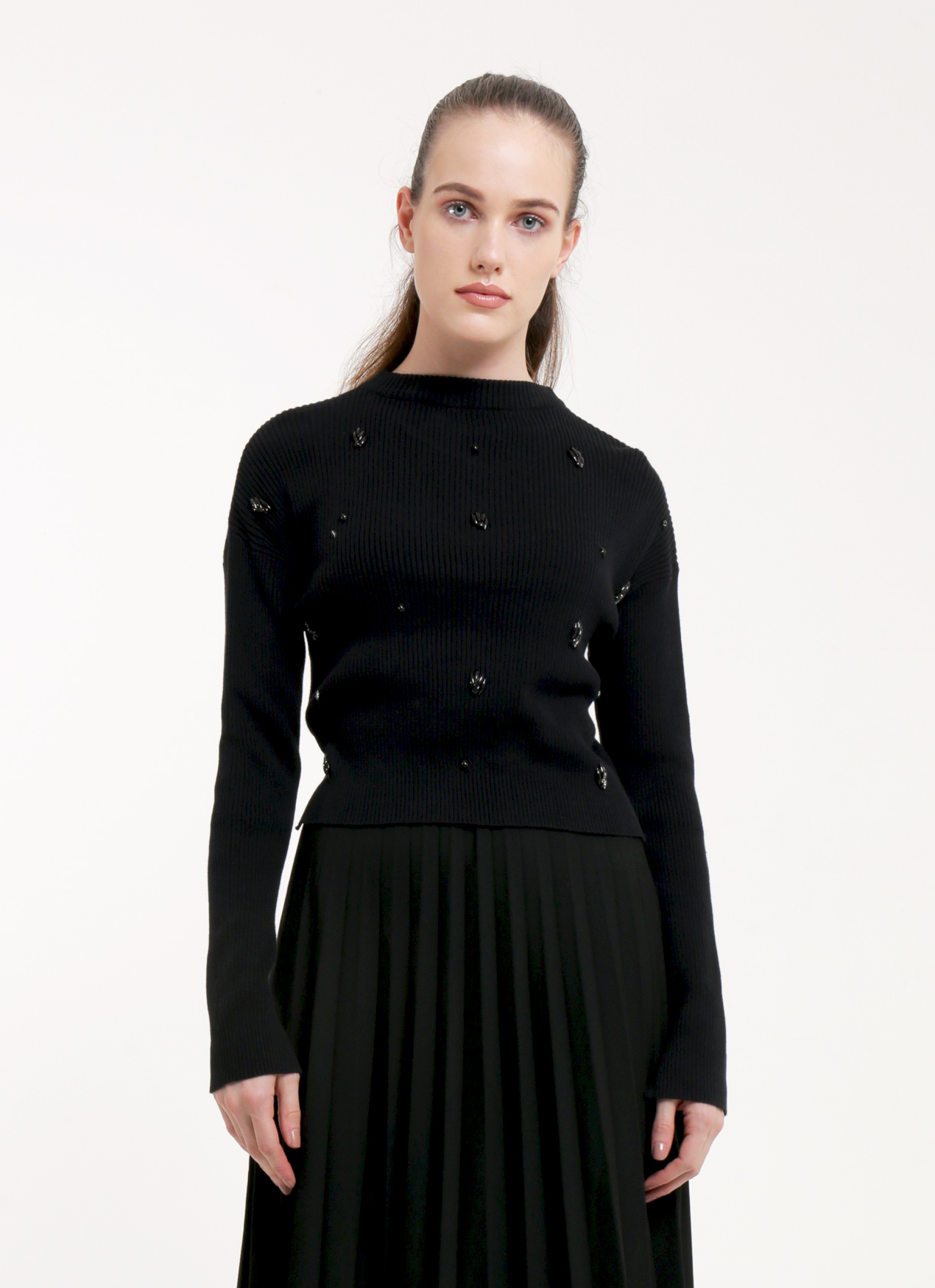 b226258238c Eesome Black Edith Cropped Sweater · Eesome Black Edith Cropped Sweater ...