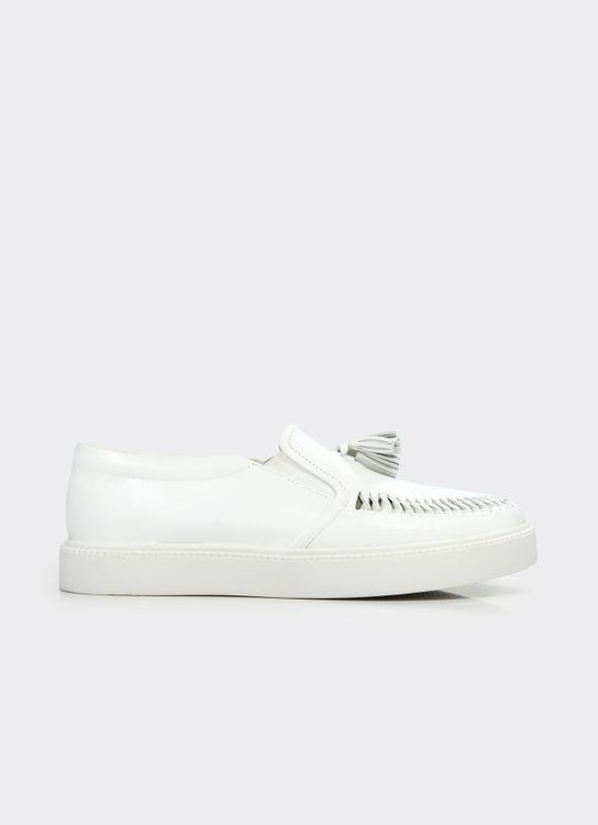 Winston Smith White Chika Loafers