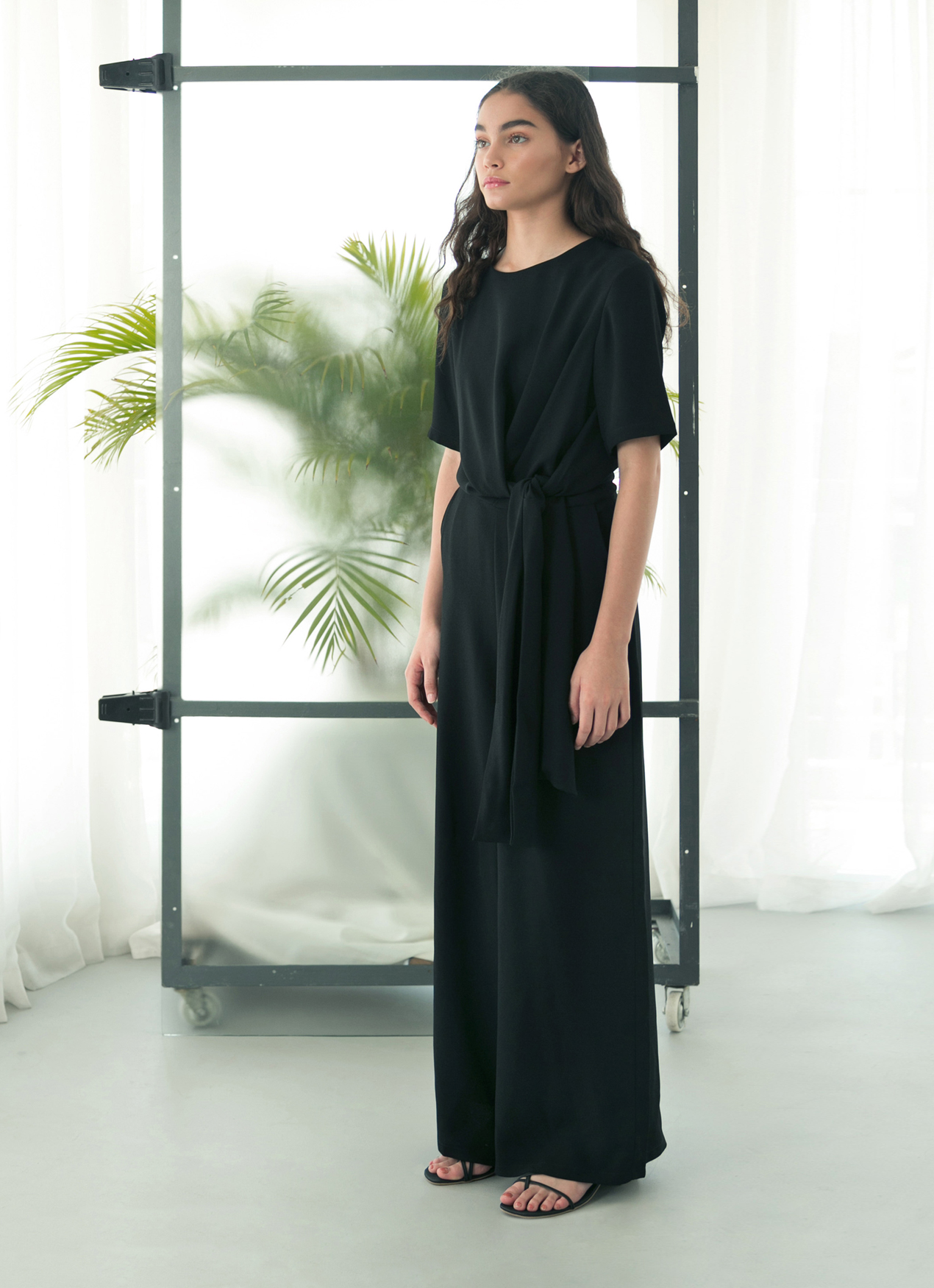 ab298447c99 Buy Original Eesome Black Figs Jumpsuit at Indonesia