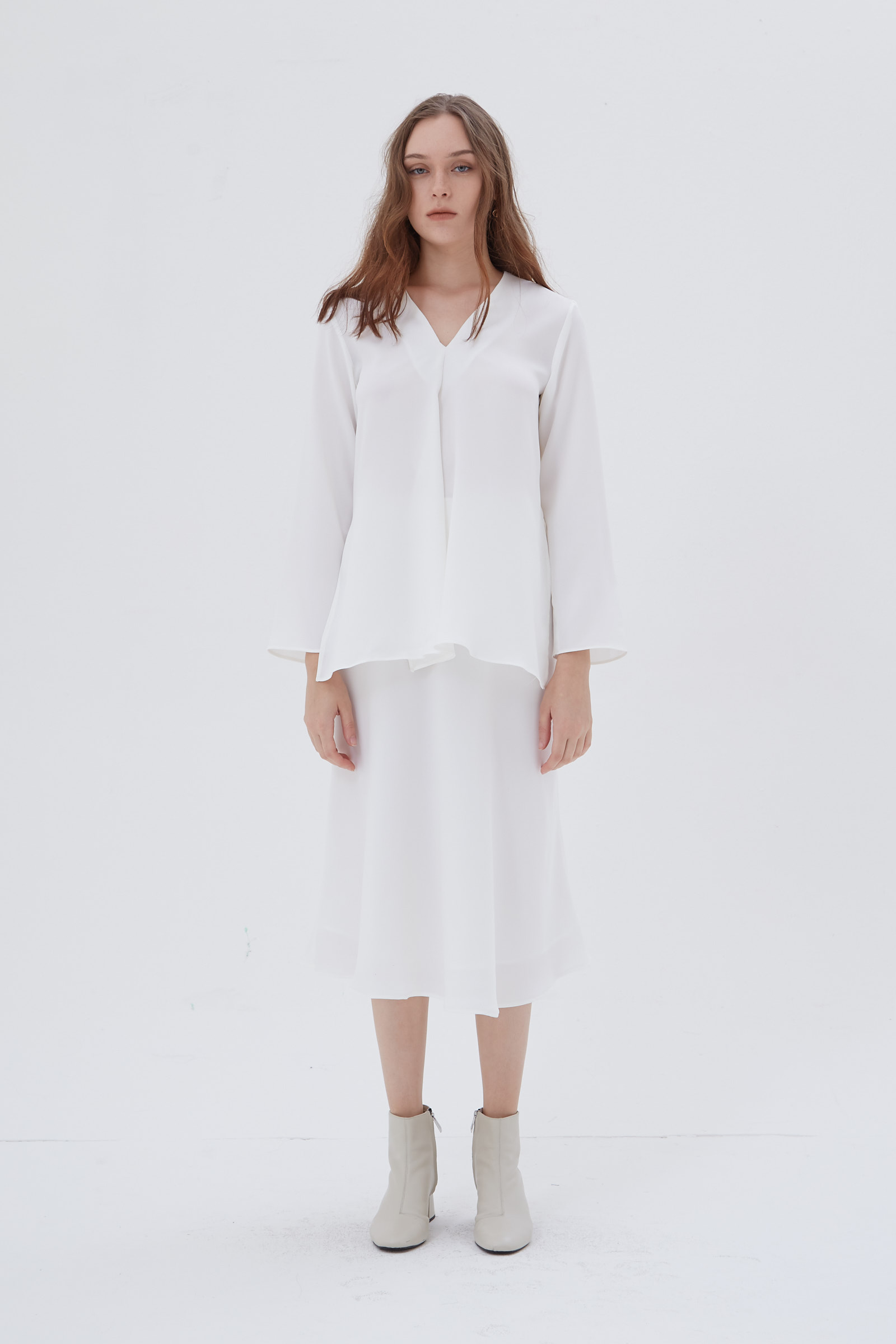 Shopatvelvet Metric Top White