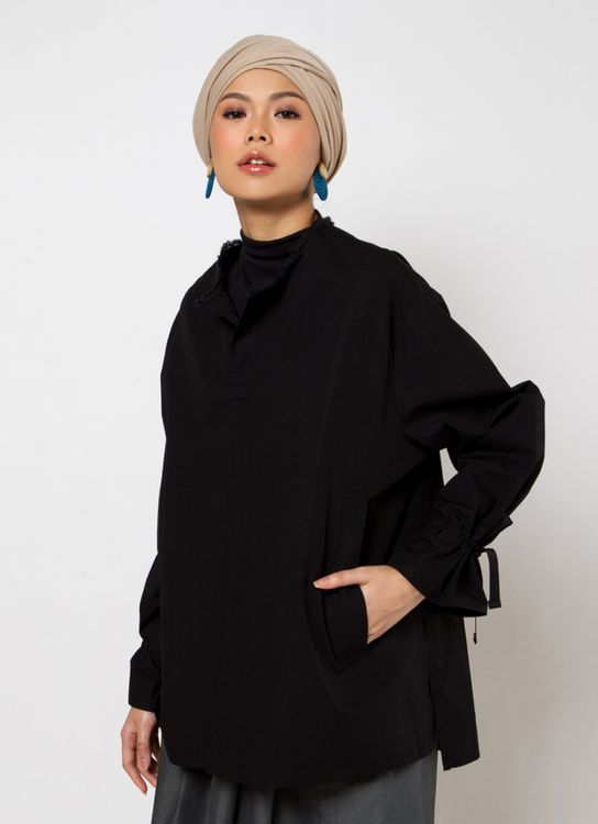 Sayee Etnic Blouse With Pocket Top - Black