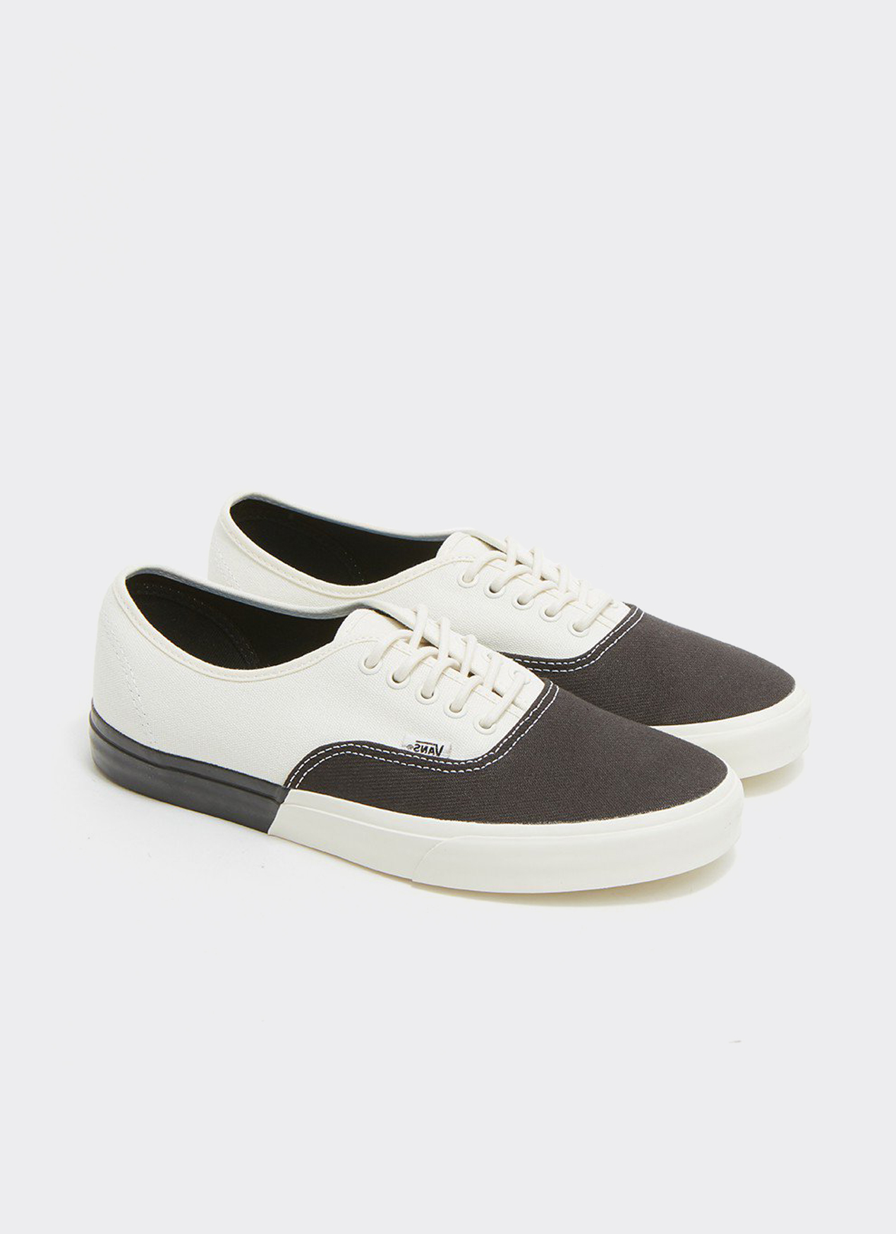 VANS Black & White UA Authentic DX Blocked Classic Low Top Sneakers