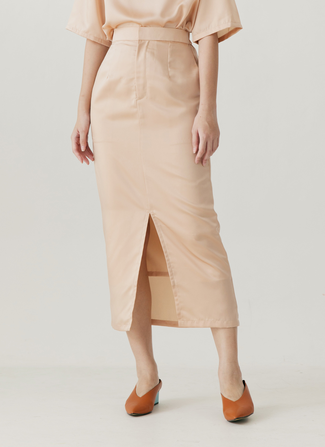 ATS THE LABEL Carter Skirt - Creme