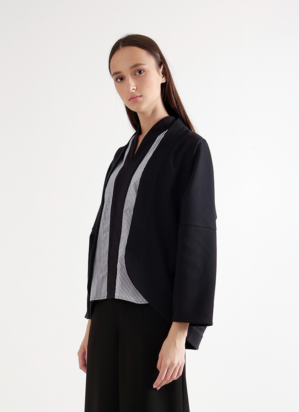 Wastu Kite Cardigan - Black