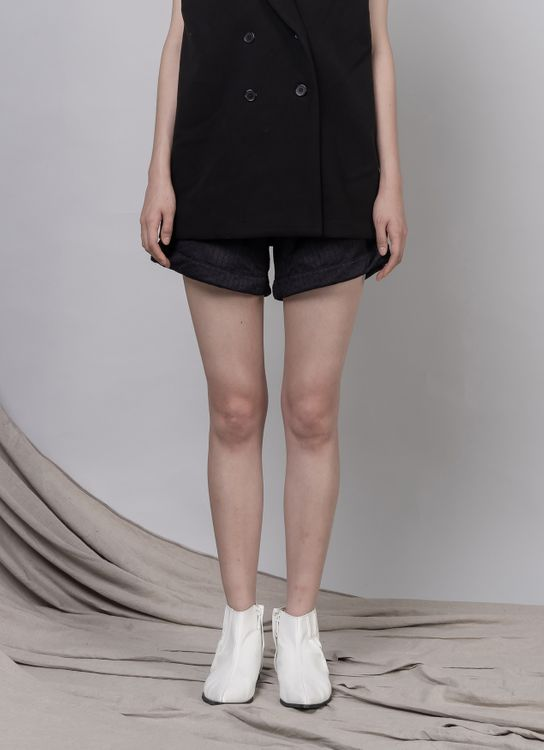Day and Night Louise Shorts - Black