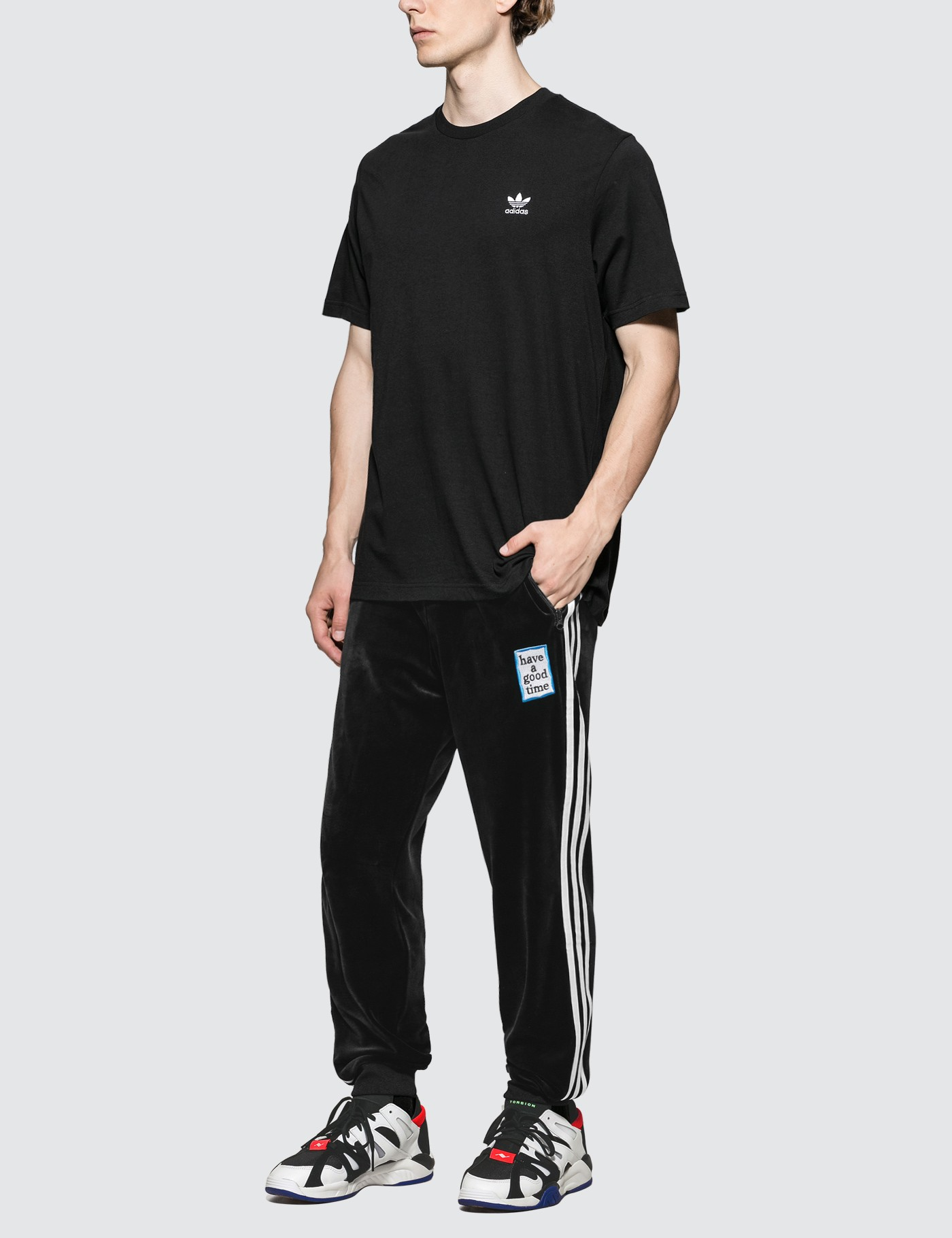 Adidas Originals Essential S/S T-Shirt