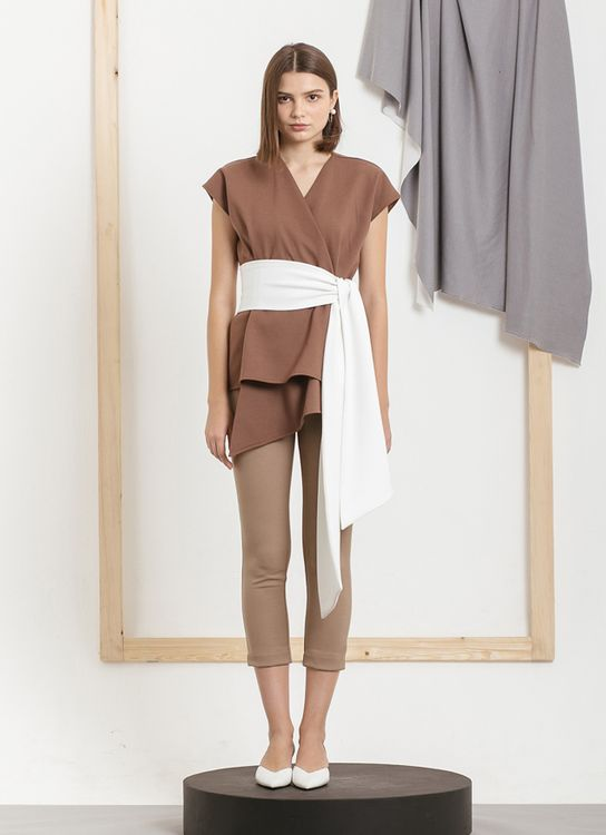 Kuro Hisa Top - Brown