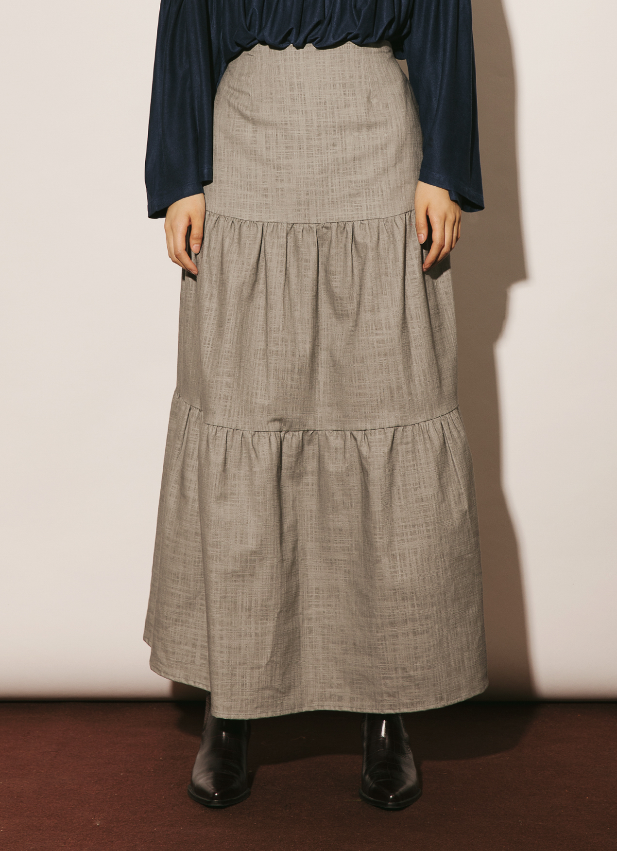 ATS THE LABEL Glow Charcoal Skirt - Charcoal