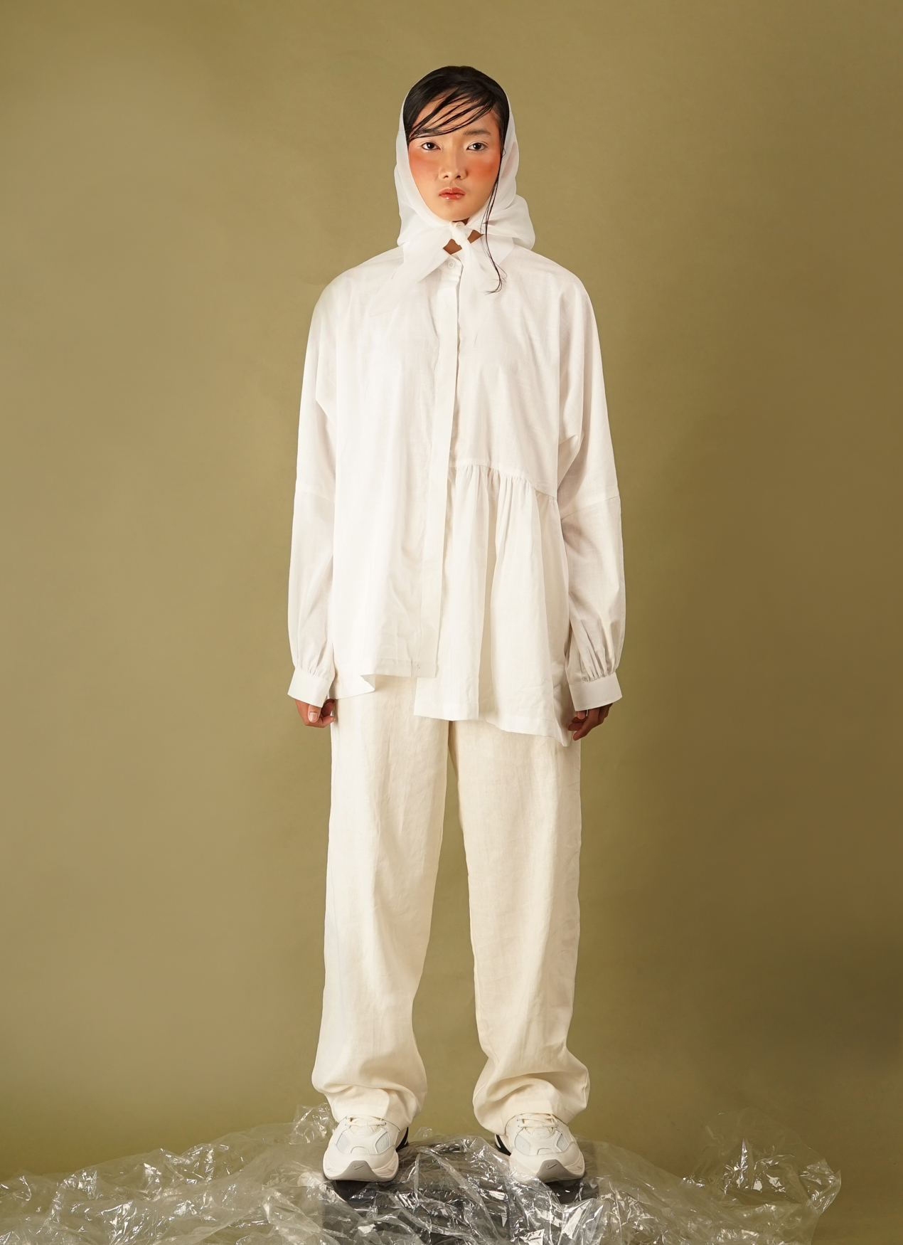 Satchel R005 Drawstring Trousers - White