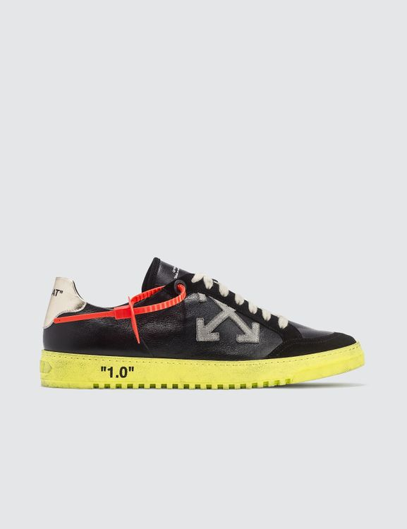 612ad4a5 Buy Original OFF-WHITE Online at Indonesia | BOBOBOBO