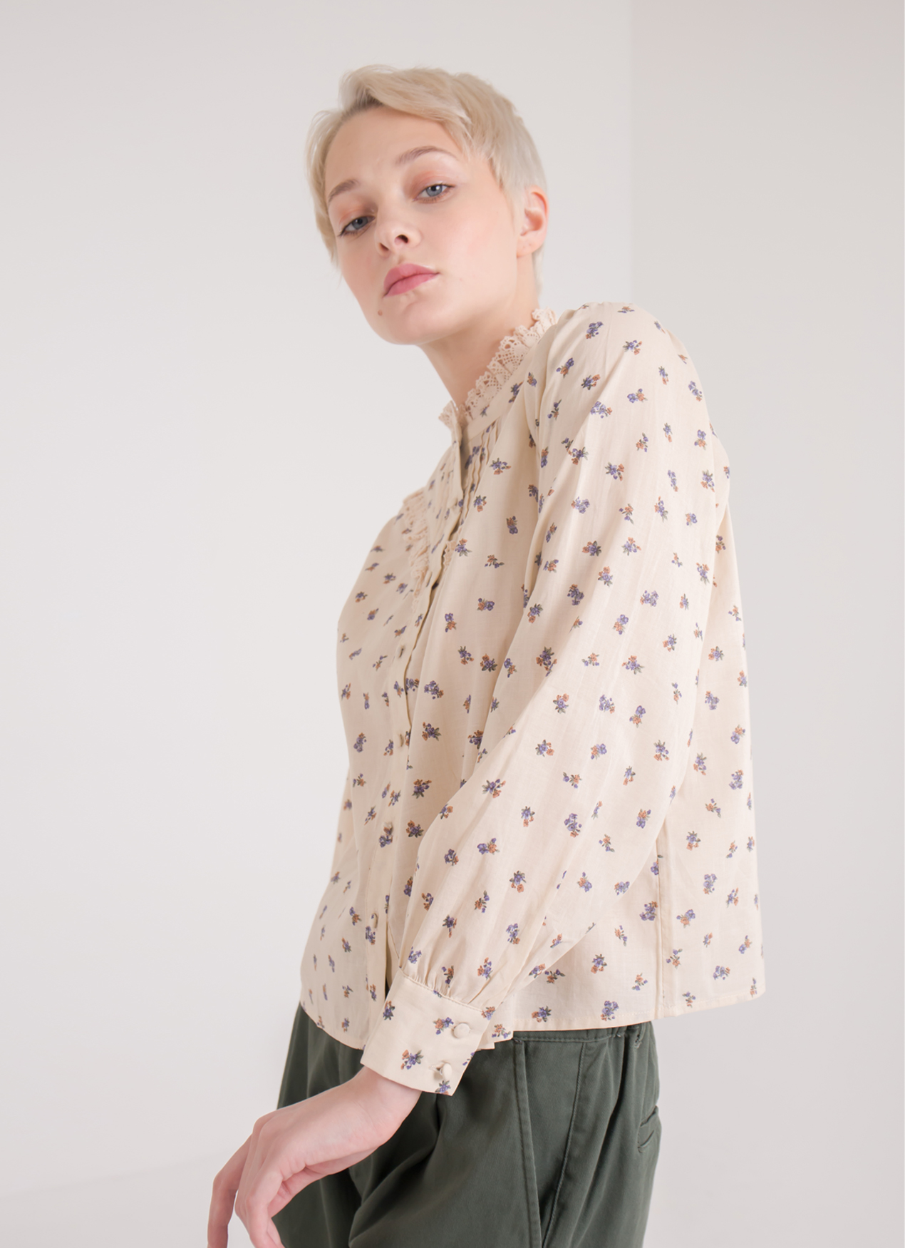 Earth, Music & Ecology Alice Top - Beige Floral