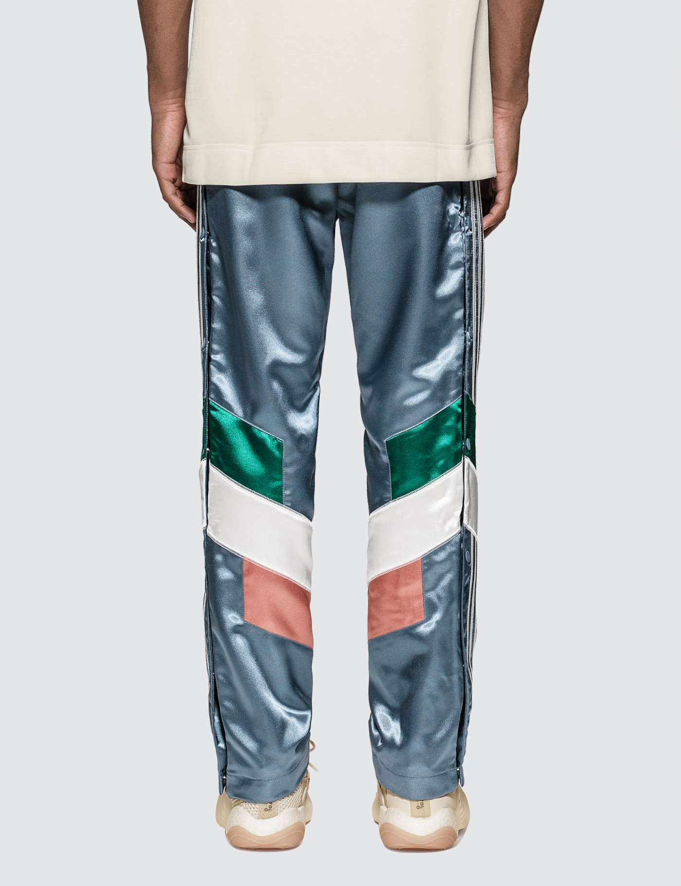 da8264be7b26 Jual Adidas Originals Bristol Studio x Adidas Pants - 100% Original ...
