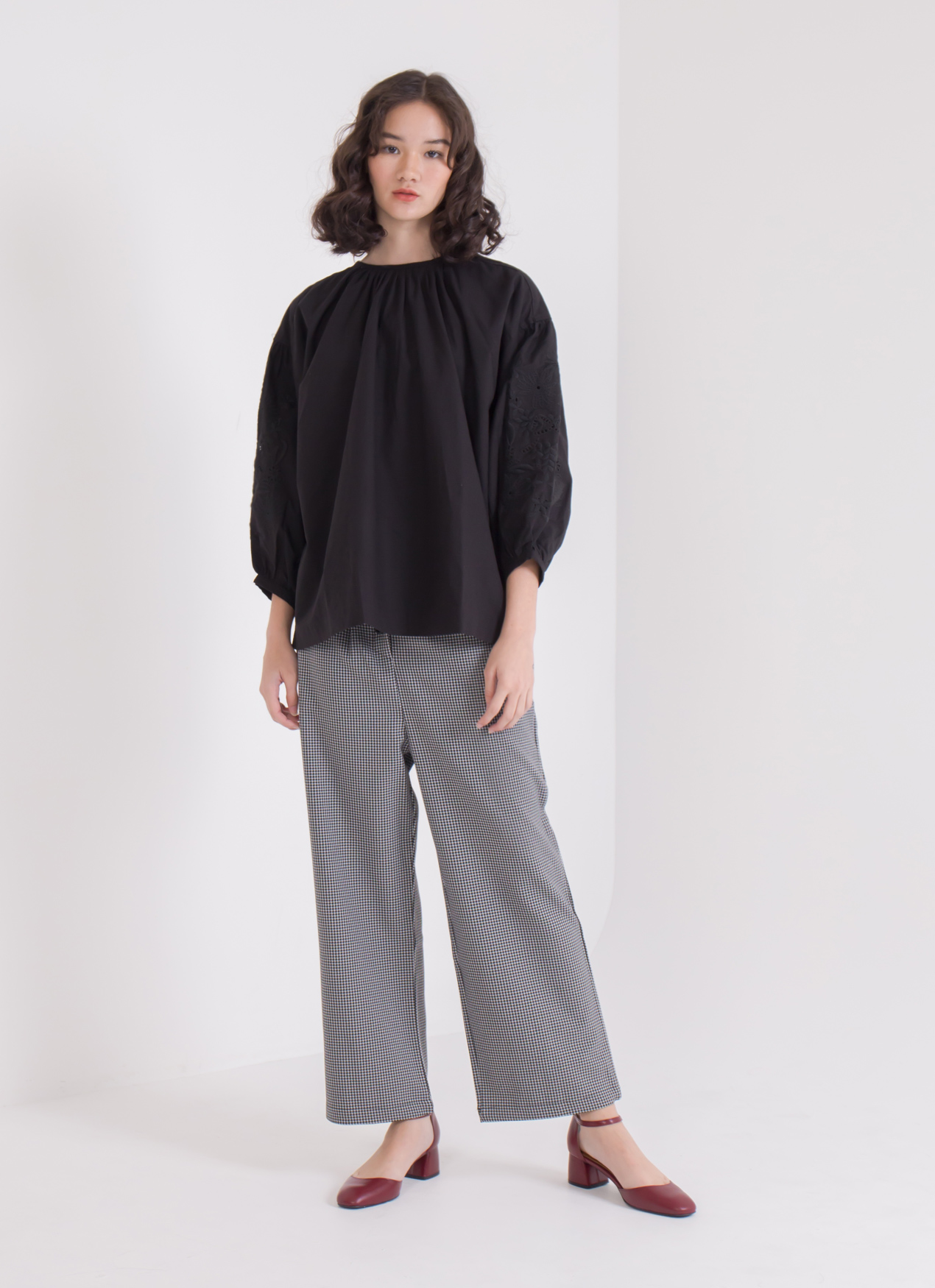 Earth, Music & Ecology Chika Top - Black