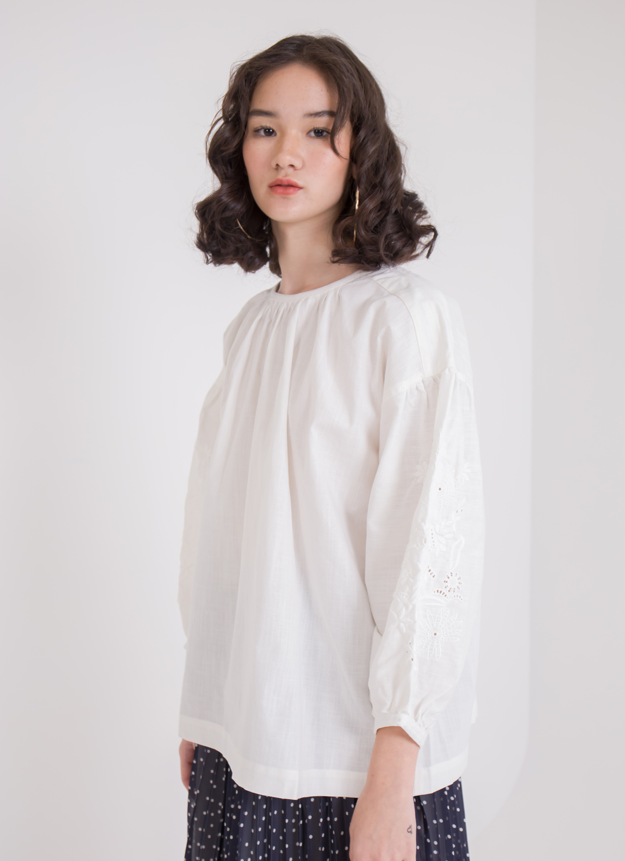 Earth, Music & Ecology Chika Top - Ivory