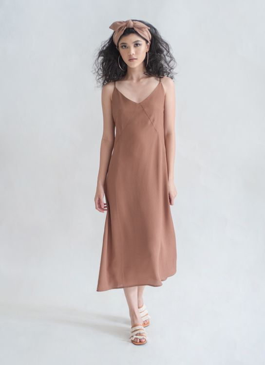 Novere Kamari Dress - Hazelnut