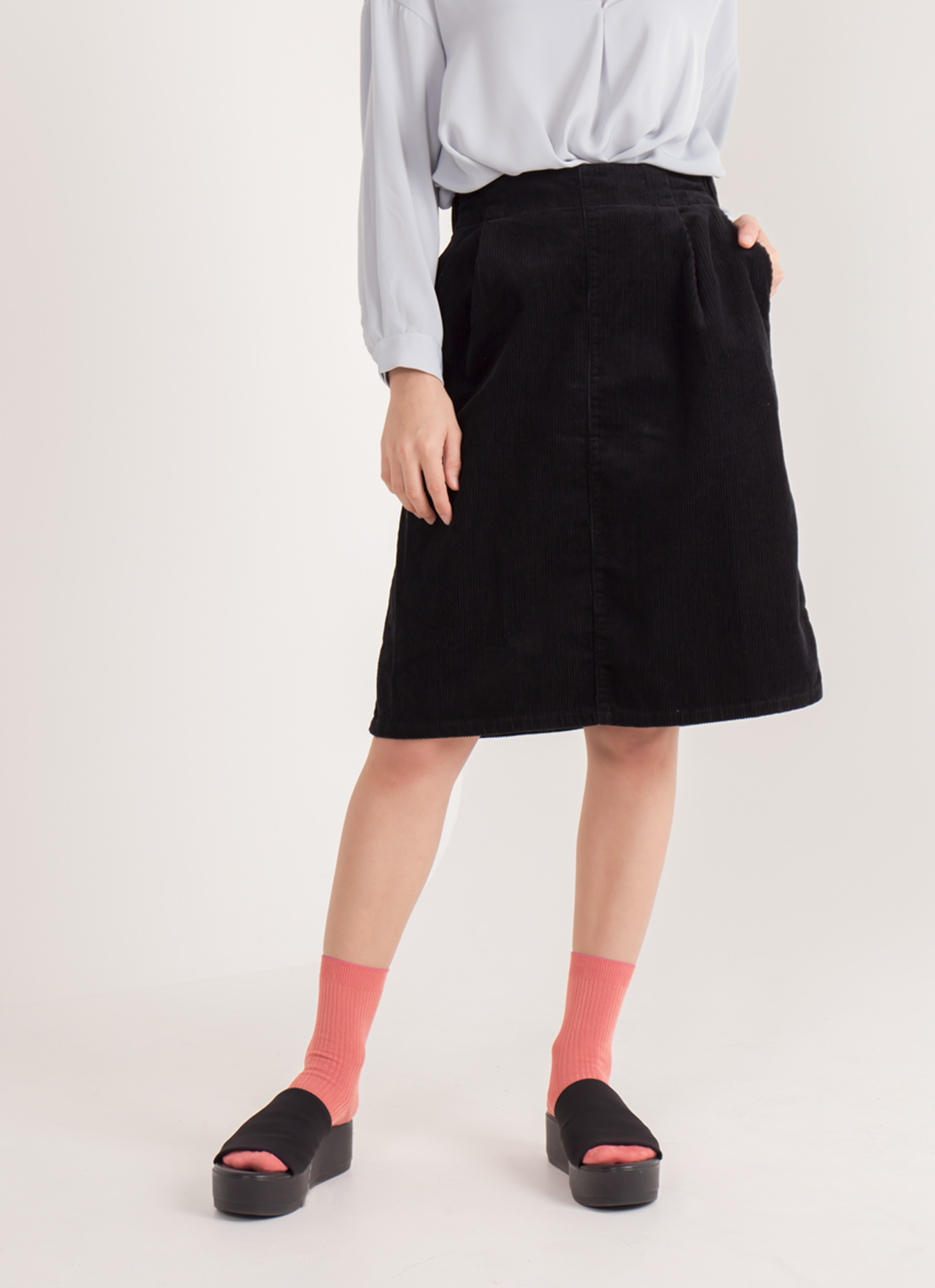 Earth, Music & Ecology Aya Skirt - Black