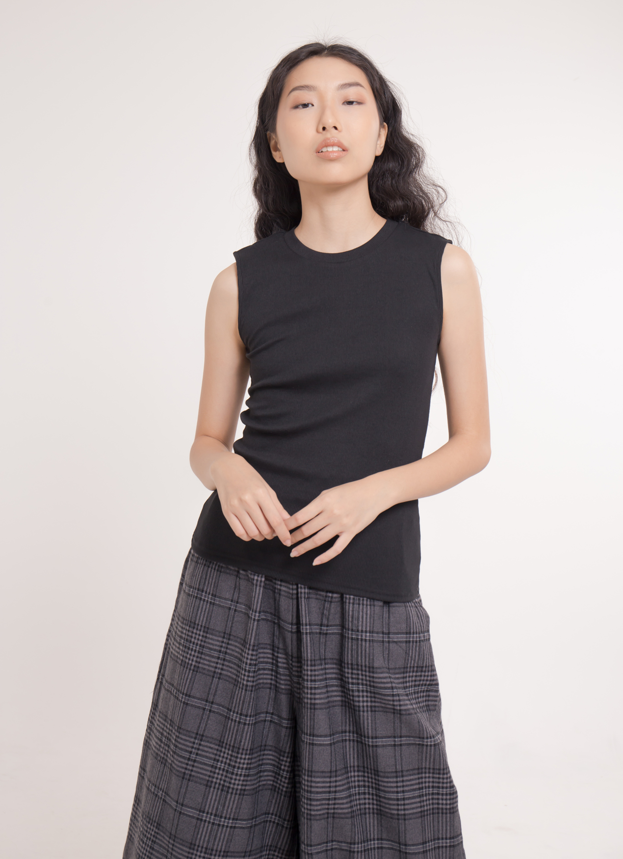 Earth, Music & Ecology Mika Top - Black