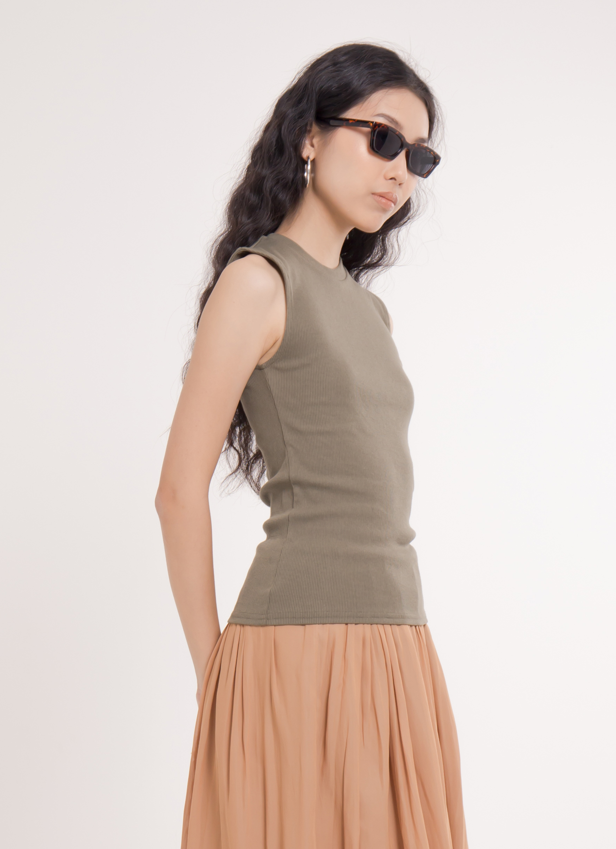 Earth, Music & Ecology Mika Top - Khaki