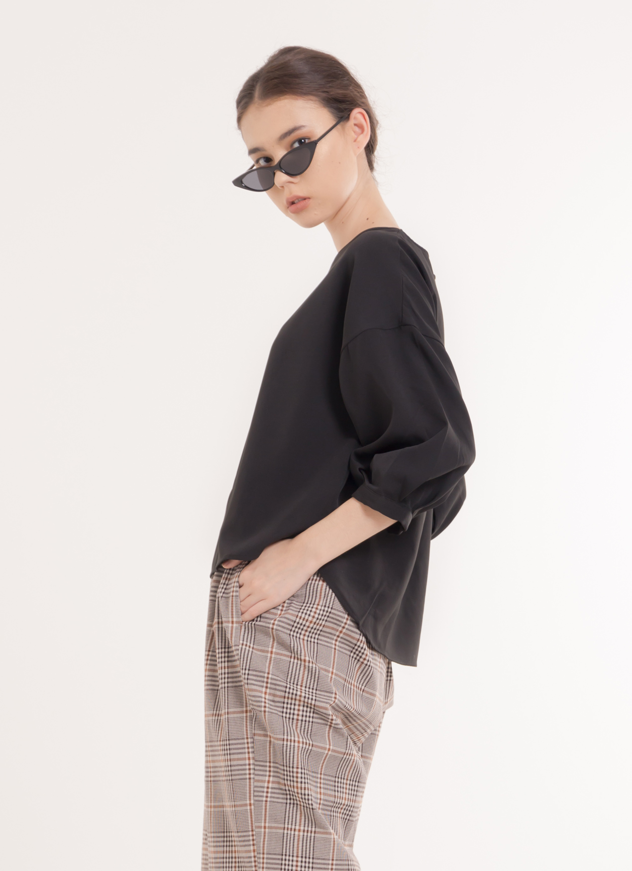 Earth, Music & Ecology Naomi Top - Black