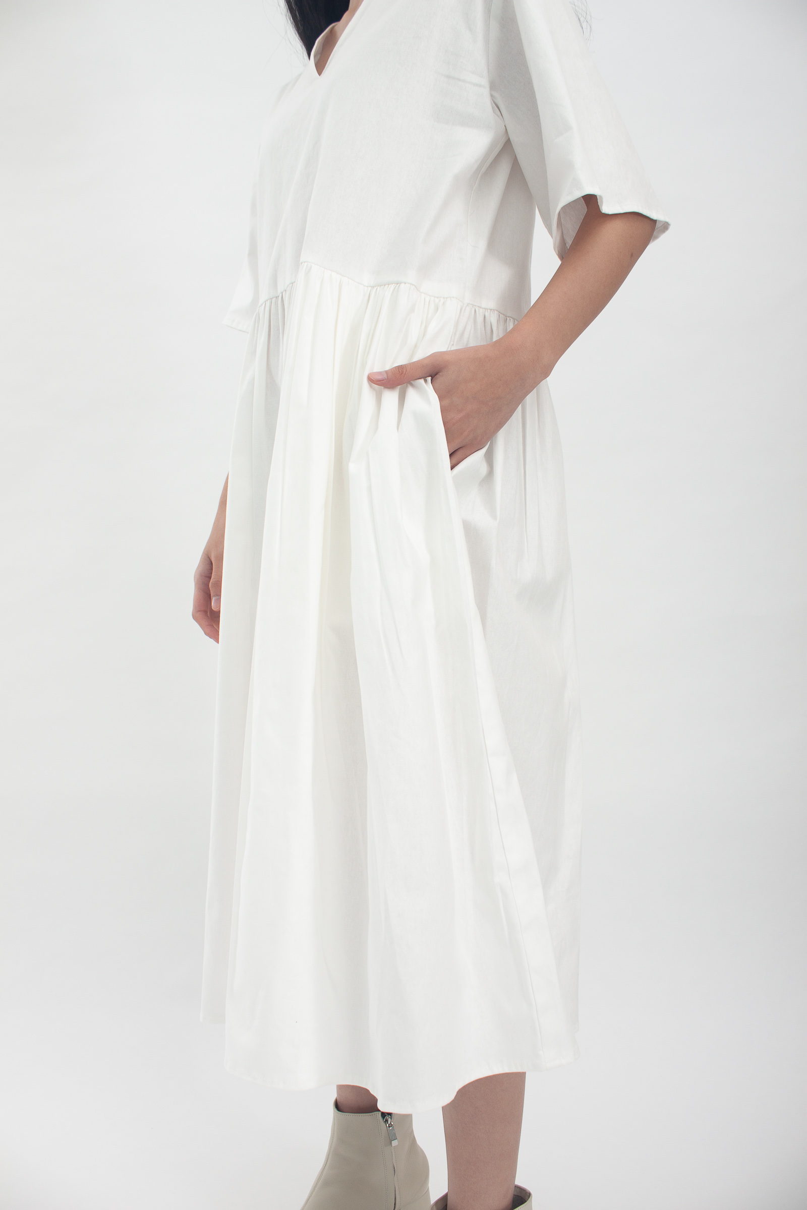 Shopatvelvet Scala Dress White