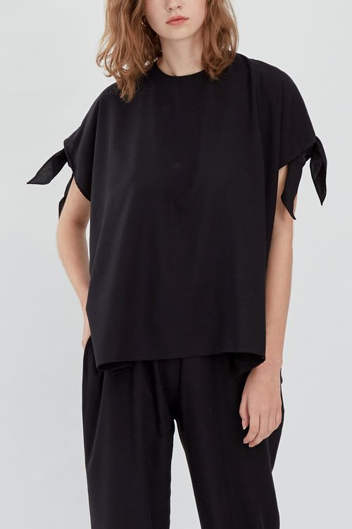 Shopatvelvet Alps Top Black