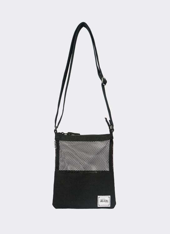OLIVE & ELM Black Zora Crossbody