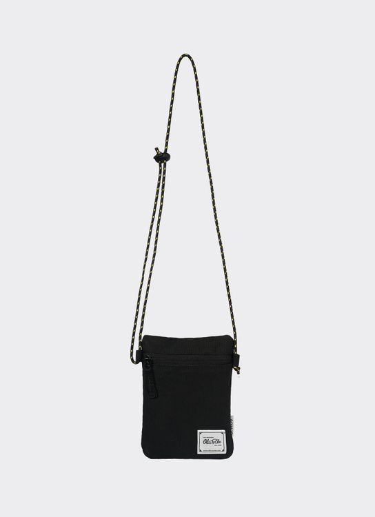 OLIVE & ELM Black Lois Crossbody