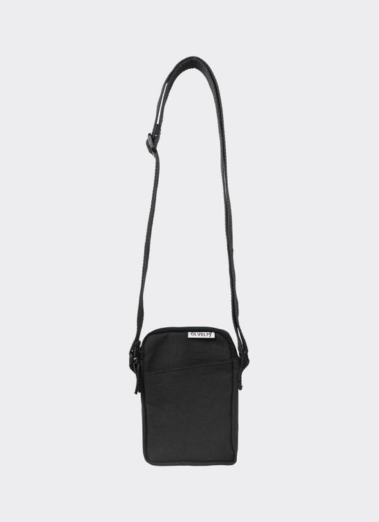 OLIVE & ELM Black Tred Crossbody