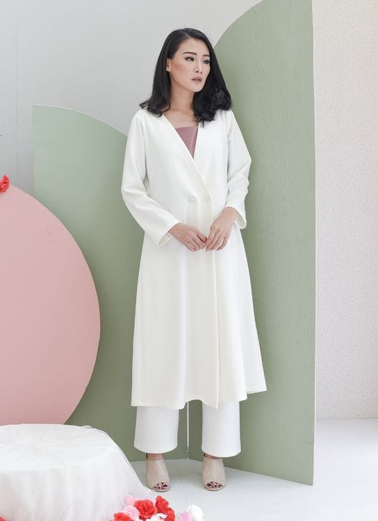 Nore Syla Coat White