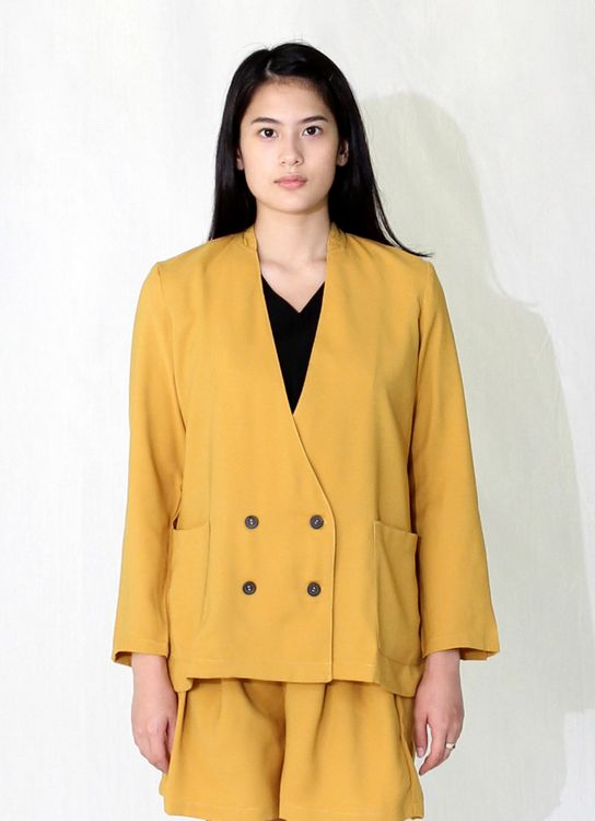 Wastu Chasement Jacket - Yellow