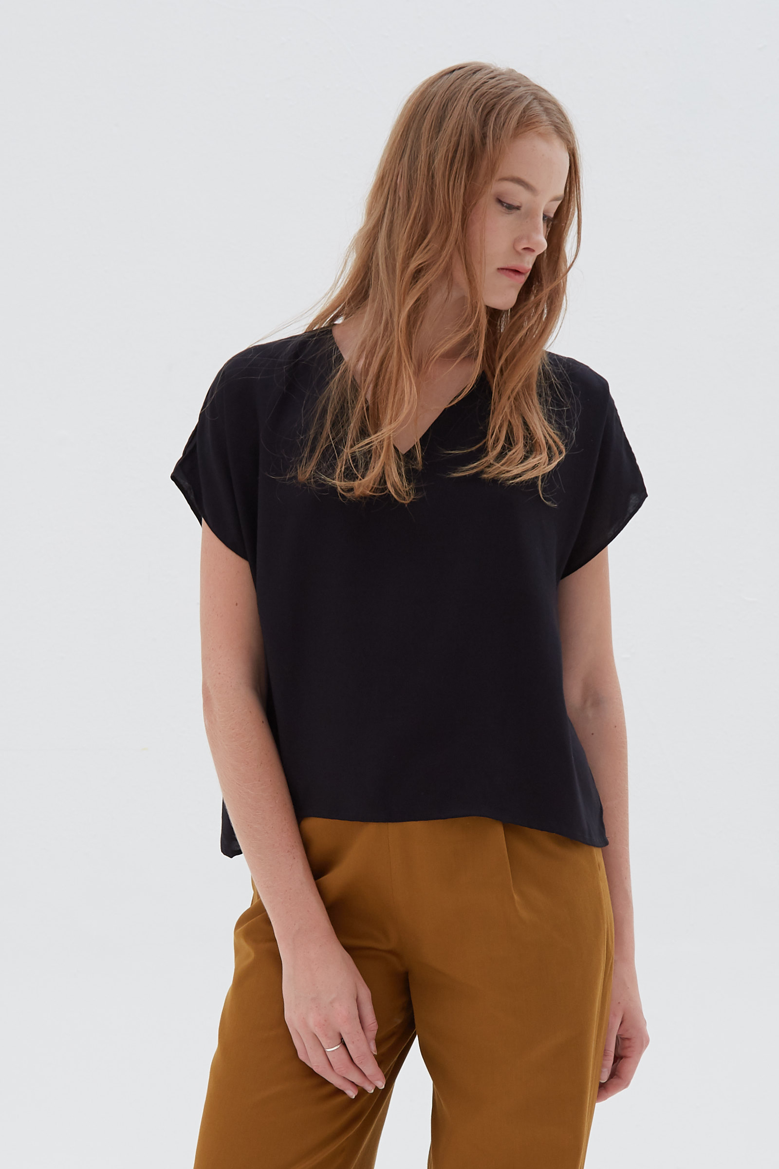 Shopatvelvet Ports Top Black