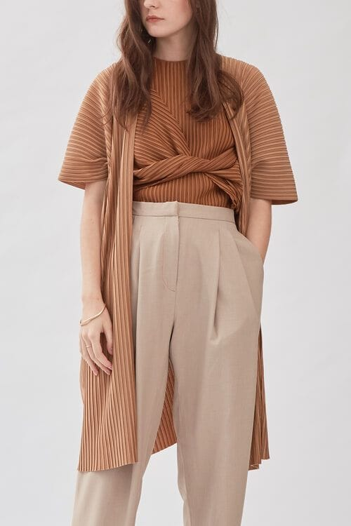 Shopatvelvet Jacques Pleated Cardigan in Latte