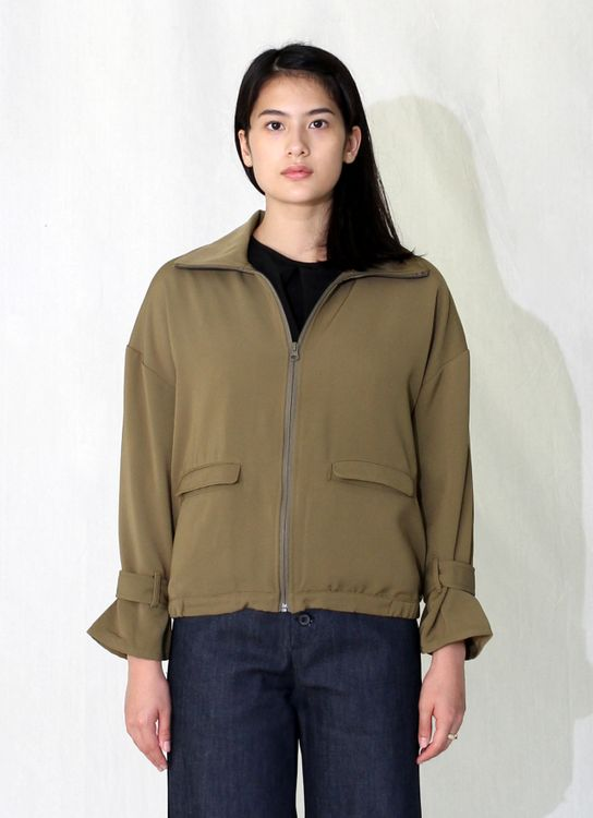 Wastu Soft Utility Bomber - Green