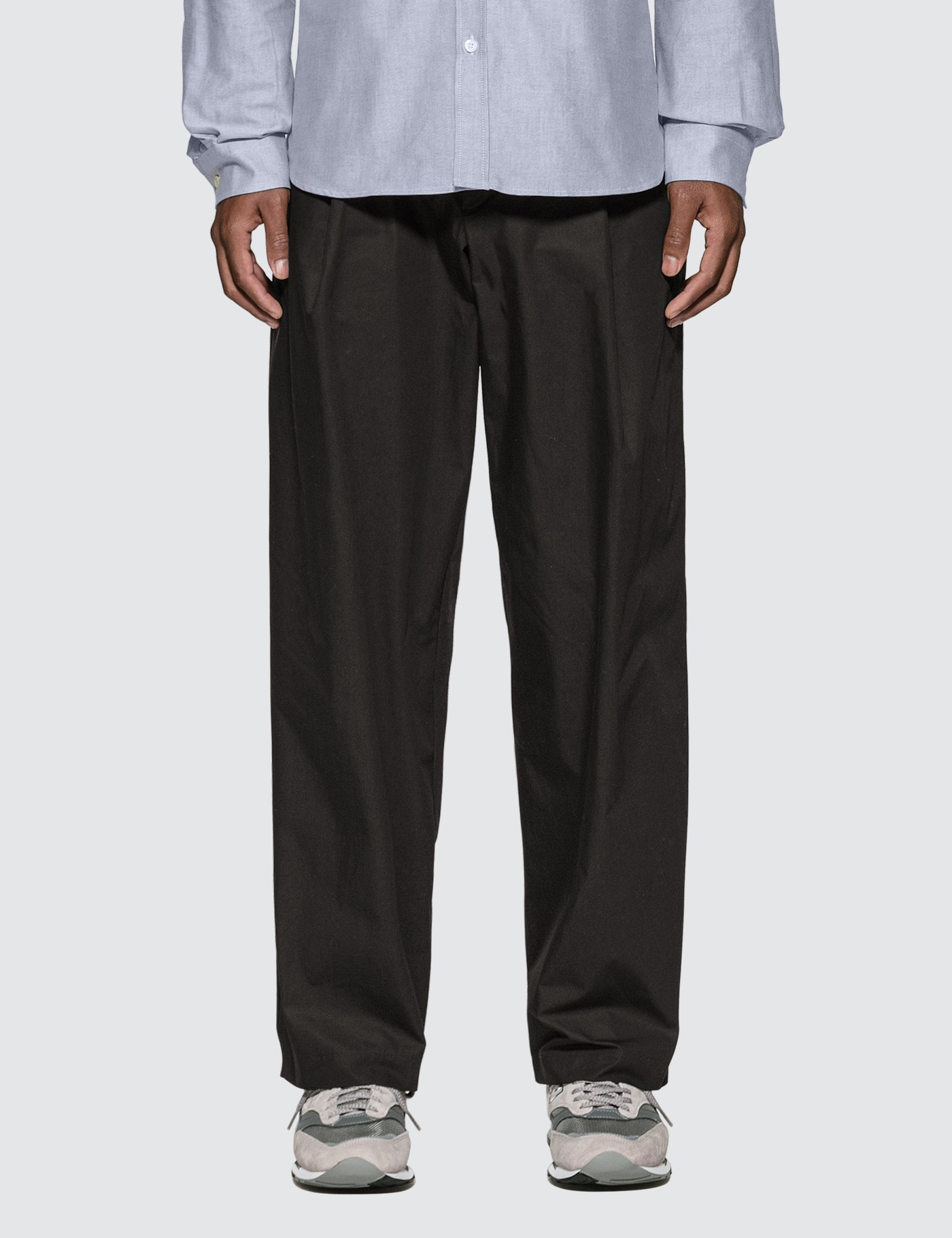 MAISON KITSUNE Single-pleated Pants