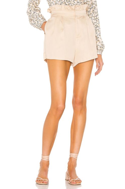 cupcakes and cashmere Leah Short
