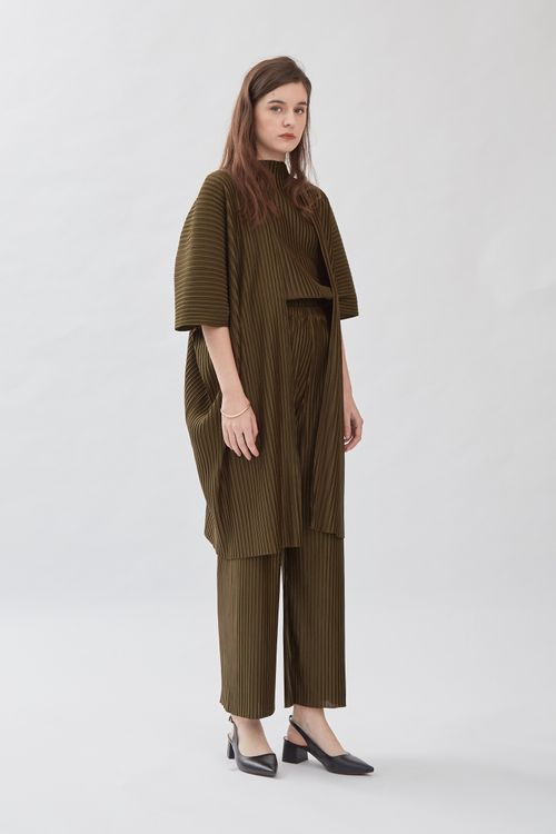Shopatvelvet Jacques Pleated Cardigan in Olive