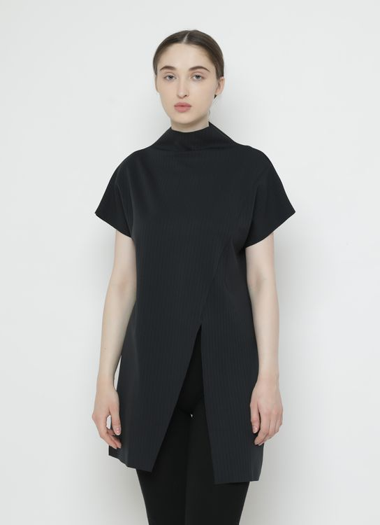 Basic by Komma Ep.02.053 - Top - Black