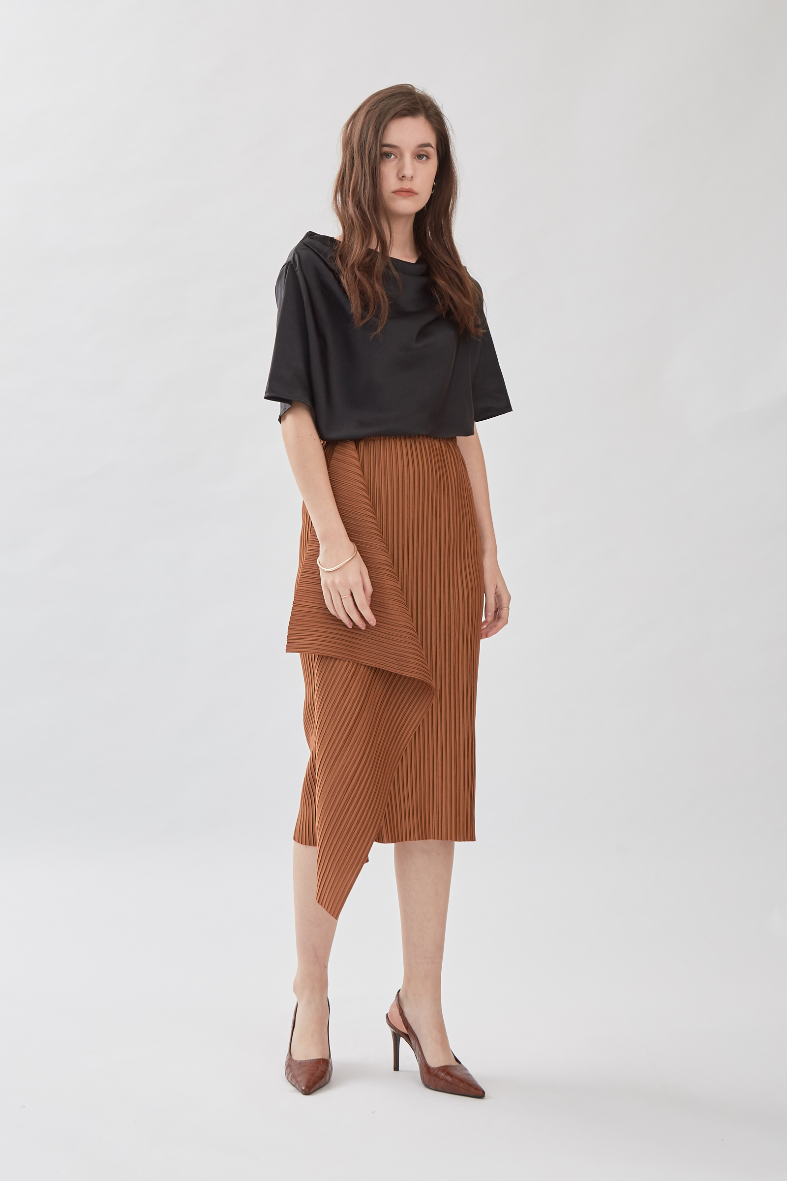 Shopatvelvet Avenue Pleated Skirt Tan