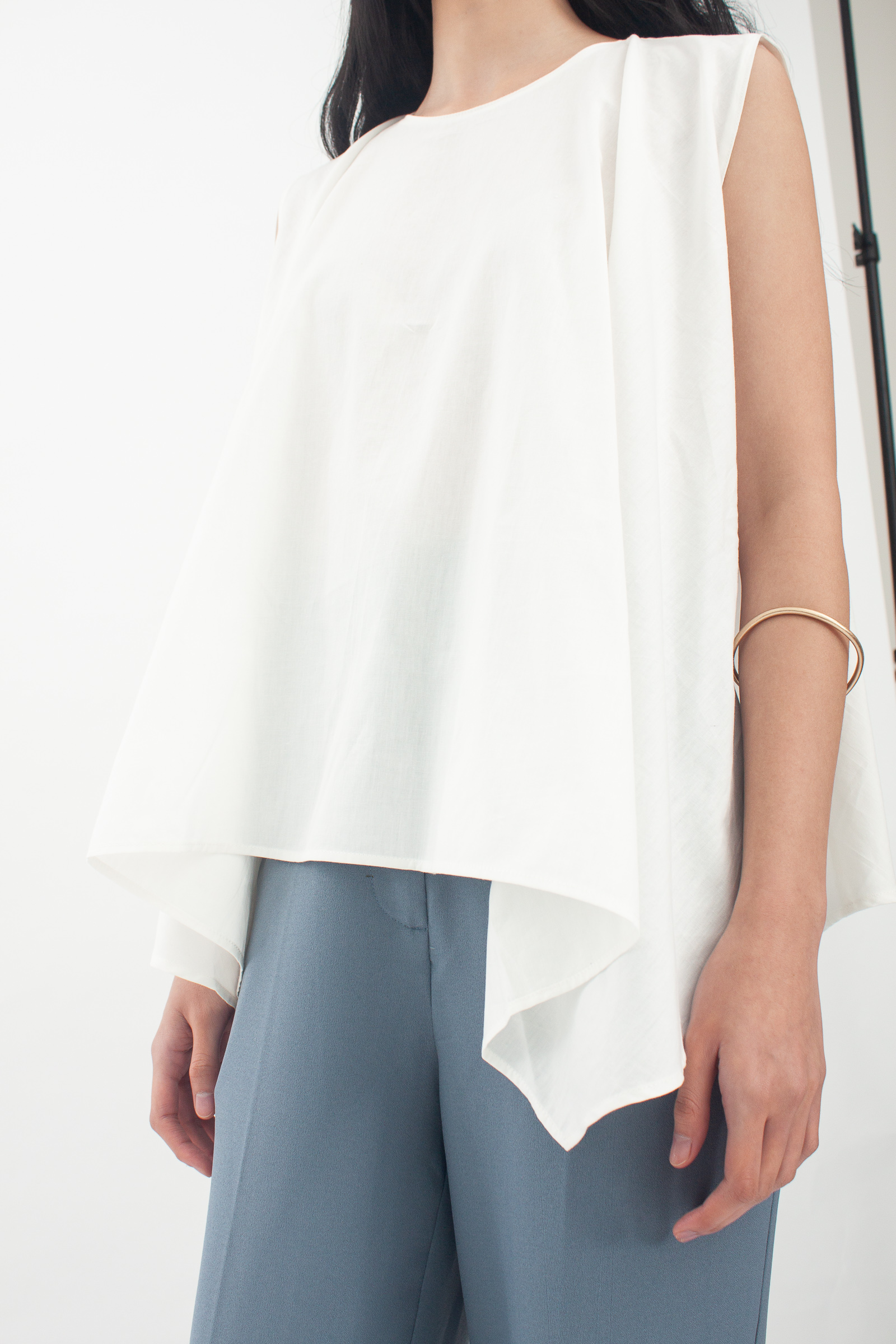 Shopatvelvet Angular Top White