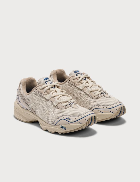 ASICS Above The Clouds x  Gel-1090