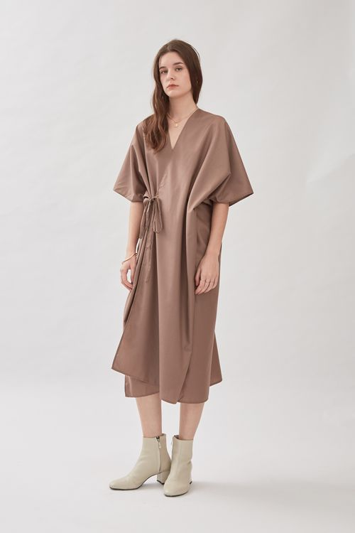 Shopatvelvet Jardine Kimono Dress in Dove