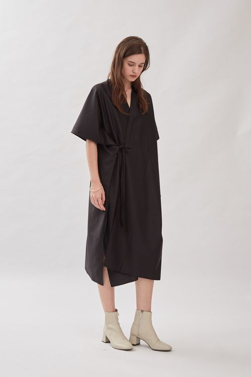 Shopatvelvet Jardine Kimono Dress in Black