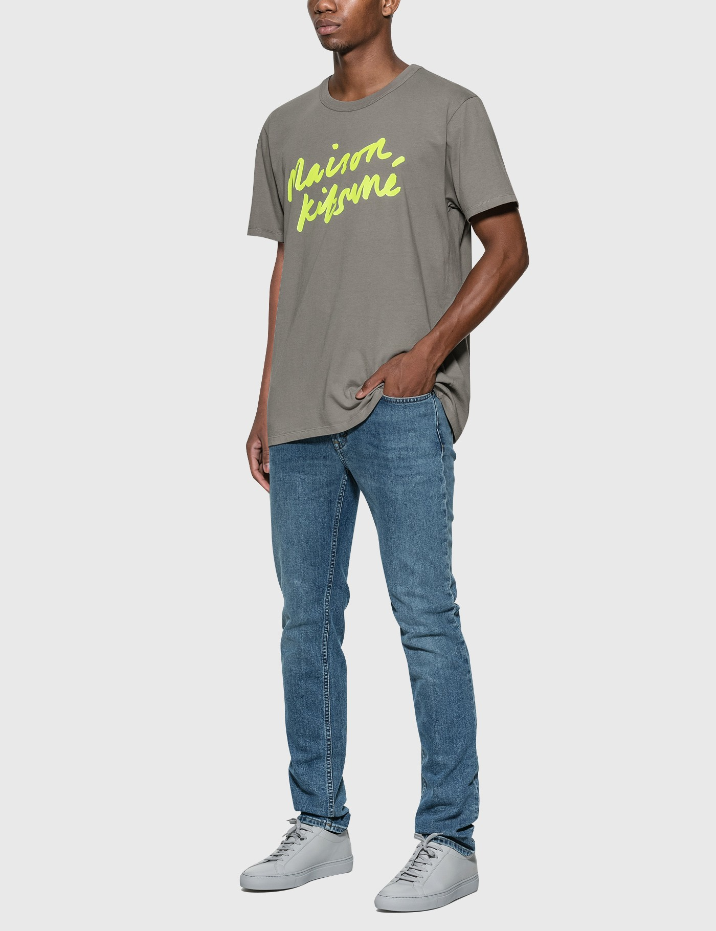 MAISON KITSUNE Handwriting T-Shirt grey