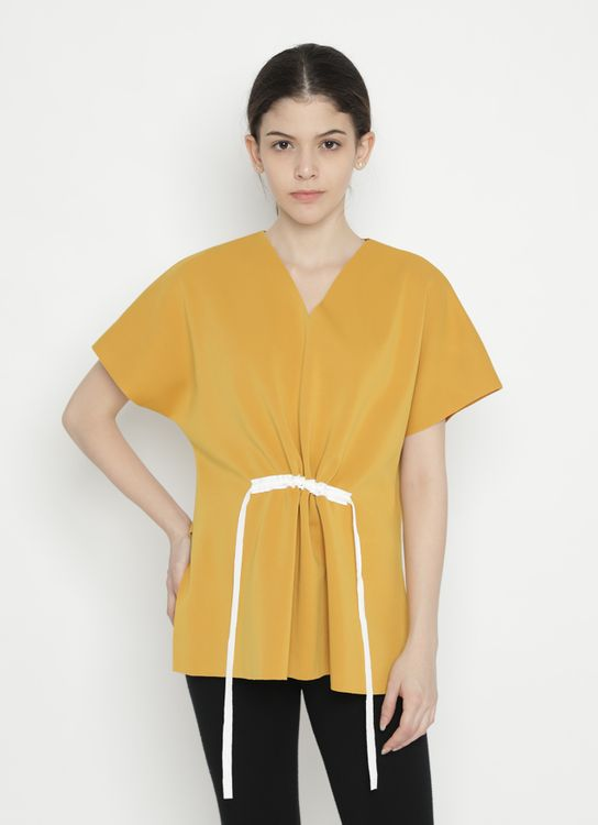Basic by Komma Ep.02.102 - Top - Yellow