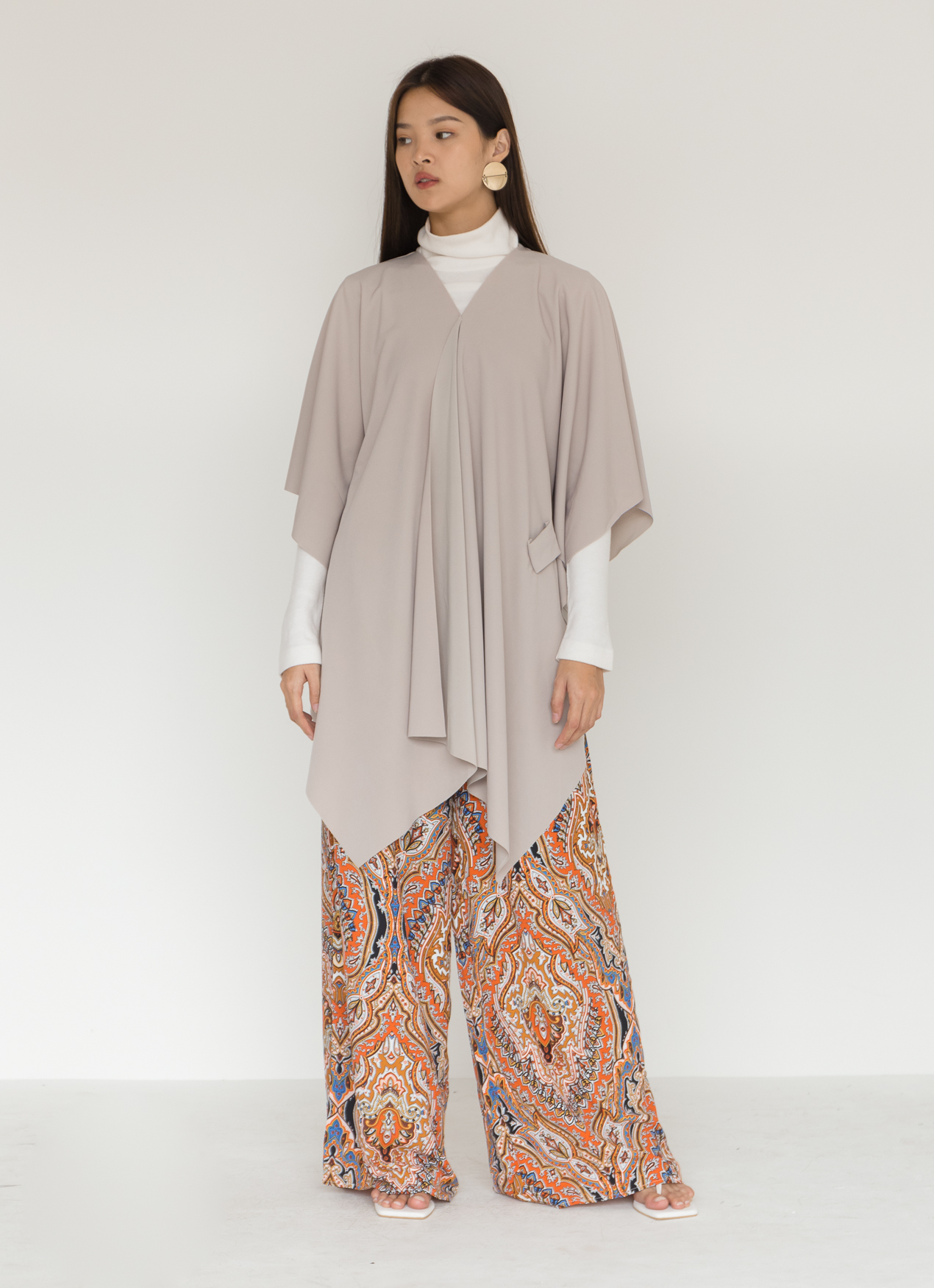 BOWN Najla Top - Gray