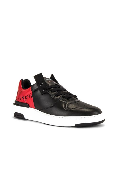 Givenchy Givenchy Print Low Top Wing Sneaker
