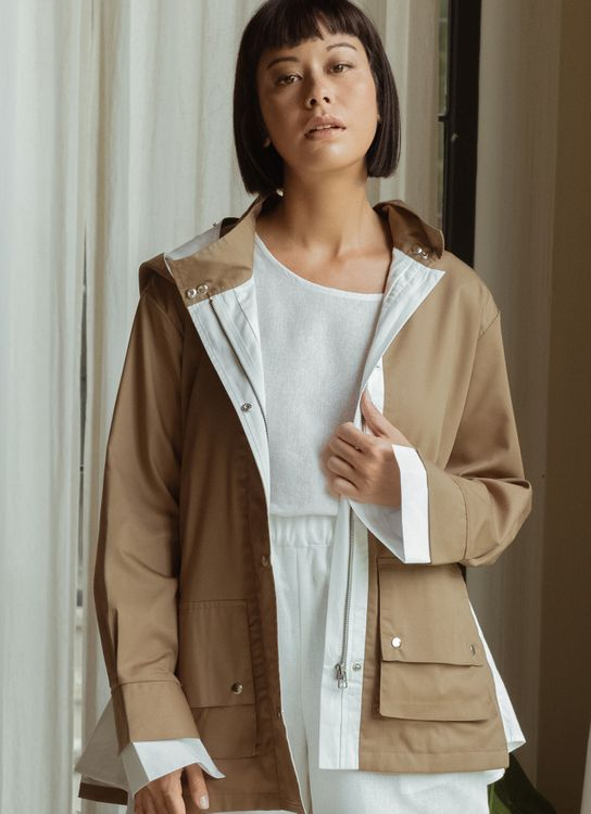 Eesome Kina Outer Camel
