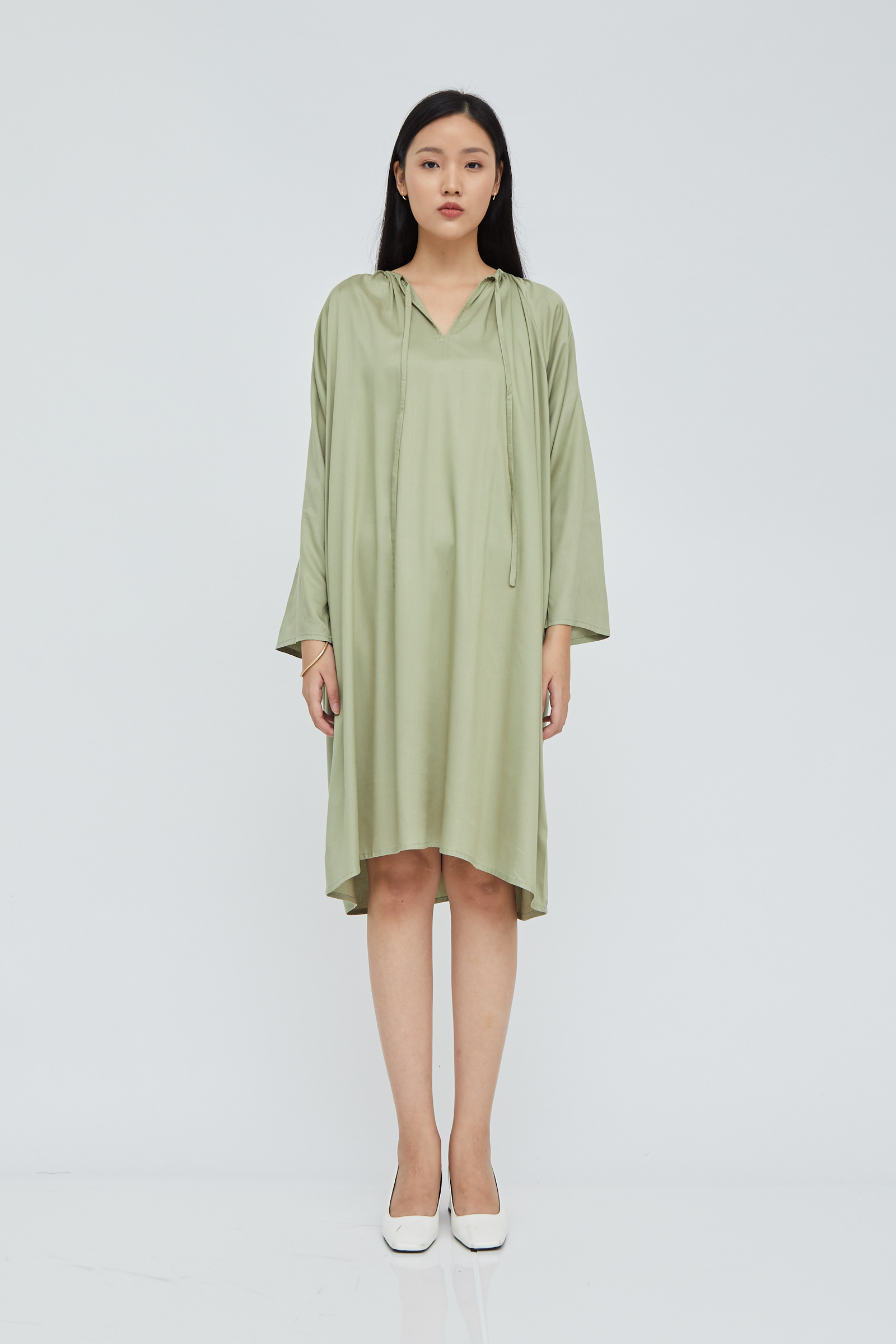 Shopatvelvet Hugh Dress Sage