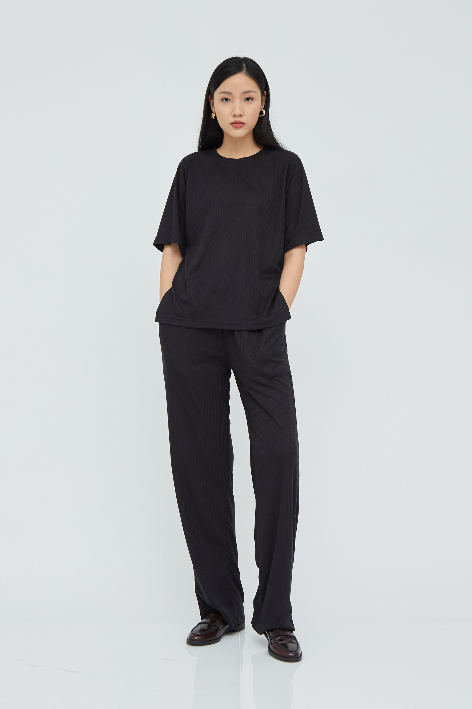 Shopatvelvet Gala Ribbed Knit Top in Black